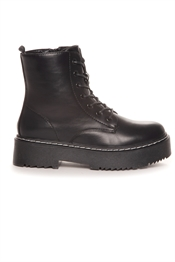 Picture of Trinity Boots Black